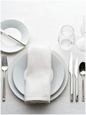 Every Woman Should Know How To Set A Table Shemakescents