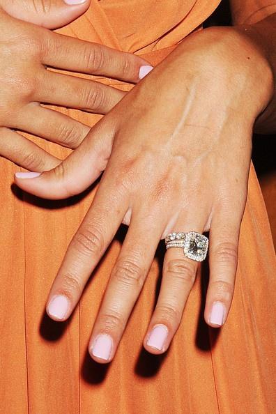 Danielle jona's ring
